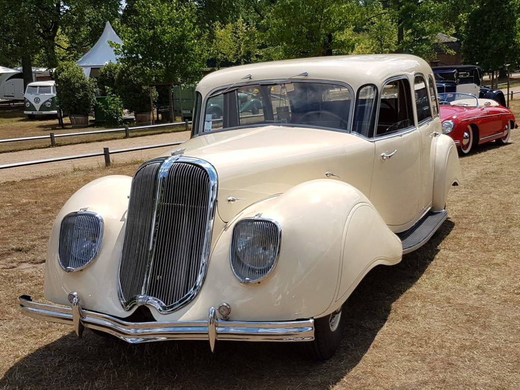 Panhard     SOLD     Dynamic 140 Limousine, X81 1939