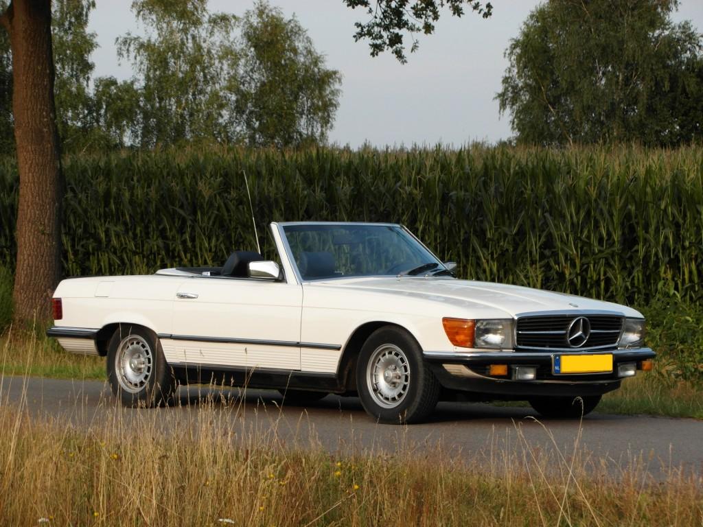 Mercedes benz 500 sl roadster 1984 sold retrolegends for 1984 mercedes benz