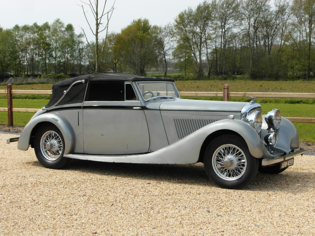 Bentley 4 1/4 litre      SOLD    3 position Drophead Coupé by Carlton 1937     SOLD