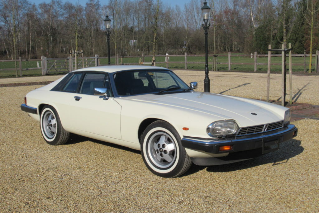 Jaguar     SOLD     XJS, V12 1986 lhd