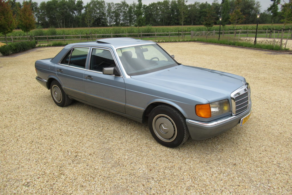Mercedes-Benz 300SE automatic 1986,  € 14.900,-